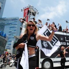 Your Look Inside The L.A. Kings Victory Parade And Staples Center Rally
