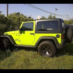 Hamptons Car Of The Day: Standing Out In Neon Green