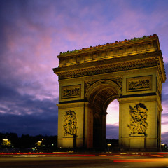 6 Places To Enjoy A Night Out In Paris