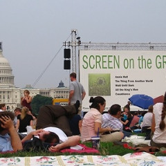 Movie Mania Returns To The National Mall With Screen On The Green!