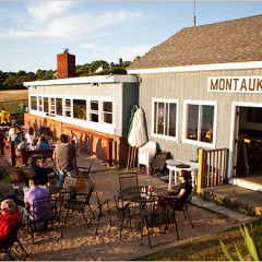 We Didn't Tell You This, But Here Are 6 Of Montauk's Best Dive Bars