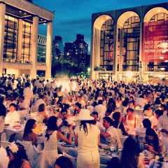 Diner En Blanc: A Look At Last Night's Flash Mob Picnic At Lincoln Center
