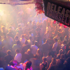The Only Party Guide You'll Need: 7 Wild Nightlife Destinations Around The World