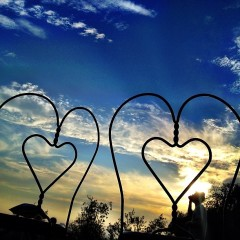 Your Guide To Planning A Romantic Day-To-Night Date Around Barnsdall Art Park