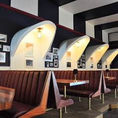 8 Of L.A.'s Best Beachside Bars & Restaurants