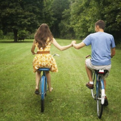 Where To Find Your Summer Fling: Daytime Pick-Up Spots For The Single New Yorker