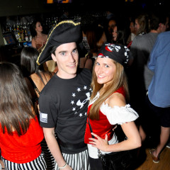 Last Night's Parties: White Parties, EAW 10, Pirates, Moven, Britt Ryan And More
