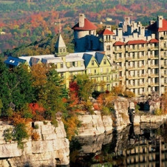 8 Easy Getaways To Enjoy The Fall Foliage Near NYC