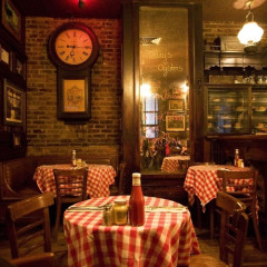Retro Restaurants: 8 Of The Best Throwback Dining Spots In NYC