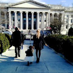 Beyonce, Blue Ivy & Jay-Z Visit The White House...And It's Epic