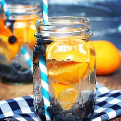7 Healthy & Delicious Recipes For Fruit Infused Water