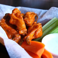 The Top Spots For Buffalo Wings In NYC