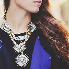 10 Statement Necklaces To Dress Up Any Autumn Outfit