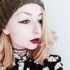 Fall Beauty: 10 Shades Of Lipstick You Need This Season