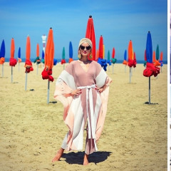 10 Ways To Bring Your Look From Beach To Bash