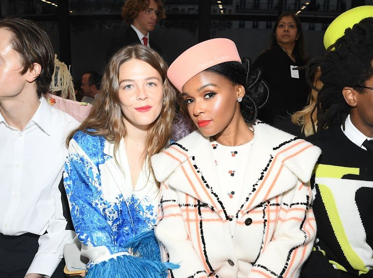 The Best Front Row Looks At Paris Fashion Week