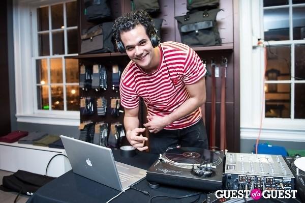 DJ Steve Starks